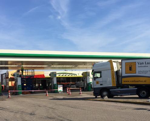 Luifelreiniging BP - Van Laar TSO BV